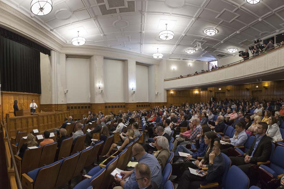 Opioid Crisis Forum Examines Ways to Combat Deadly Epidemic