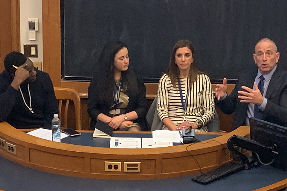 Panel Discusses Health Care for Undocumented Immigrant Children